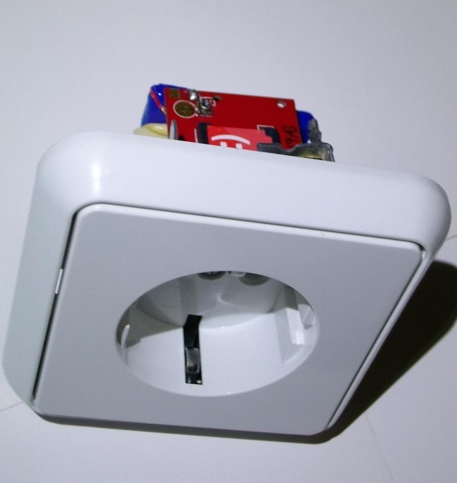 Жучок для прослушки розетка SocketBug